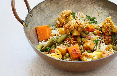 קארי של ירקות, מסאלה ועגבניות (צילום: מיכל וקסמן) (צילום: מיכל וקסמן)