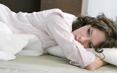 לרוב הנשים קל יותר להתמודד עם המחשבה על כריתה חלקית (צילום: shutterstock) (צילום: shutterstock)