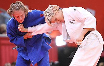 שלזינגר בקרב במשחקי לונדון 2012  (צילום: אורן אהרוני) (צילום: אורן אהרוני)