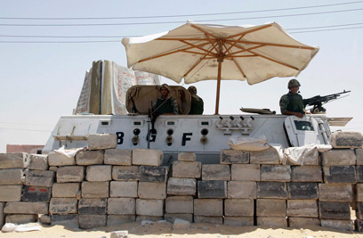 Egyptian forces in north Sinai (Photo: Reuters)