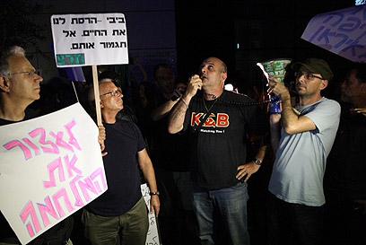 אלדד יניב ודורון צברי, הערב בתל אביב (צילום: מוטי קמחי) (צילום: מוטי קמחי)