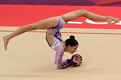 נטע ריבקין קבעה את הישג השיא של מתעמלת ישראלית (צילום: אורן אהרוני) (צילום: אורן אהרוני)