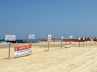 רצועת שמפרידה בין החופים באשדוד (צילום: אבי רוקח)