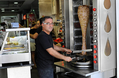 הגיעה גם למסעדות שף. שווארמה (צילום: דודו אזולאי) (צילום: דודו אזולאי)