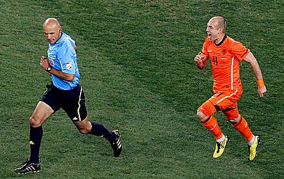 התקשה לממש את הפוטנציאל. רובן בגמר מונדיאל 2010 (צילום: AFP) (צילום: AFP)