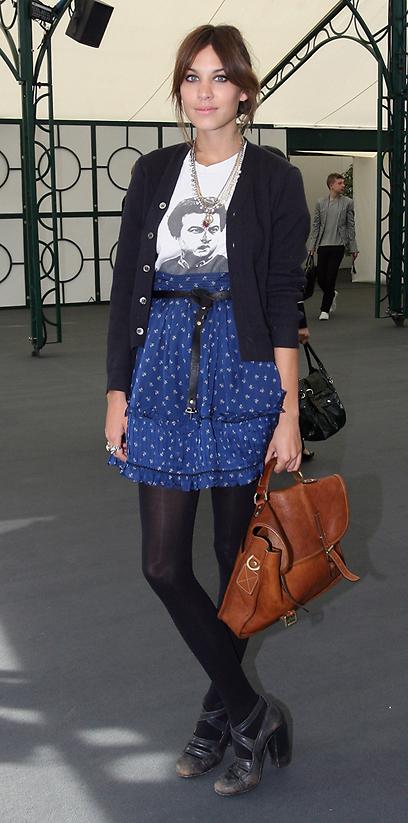 אלכסה צ'אנג מפגיזה בטי שירט וחצאית (צילום:  Gettyimages) (צילום:  Gettyimages)