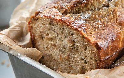 לחם חמניות, עשיר בוויטמינים ובחלבונים (צילום: אנטולי מיכאלו) (צילום: אנטולי מיכאלו)