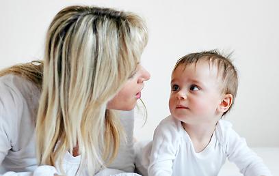 דברו איתם יותר, הם יהיו חכמים יותר (צילום: shutterstock) (צילום: shutterstock)