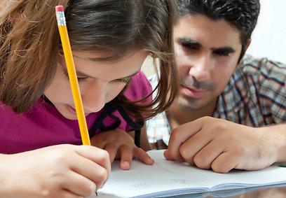 קחו שליטה על שיעורי הבית של ילדיכם (צילום:  shutterstock) (צילום:  shutterstock)