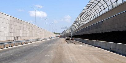הקיר האקוסטי - לרווחת התושבים (צילום: דורון גולן) (צילום: דורון גולן)