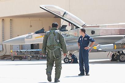 """""""משב רוח מרענן"""", אמר מפקד הטייסת על התרגיל (צילום: בני דויטש) (צילום: בני דויטש)"""