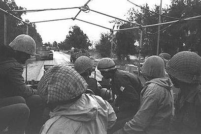 """חיילים בגזרת רמת הגולן (צילום: לע""""מ) (צילום: לע"""