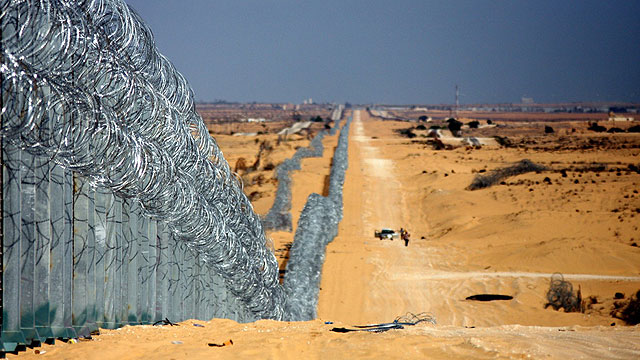 The then-new fence bordering Egypt seen in 2012 (Photo: Roee Idan)