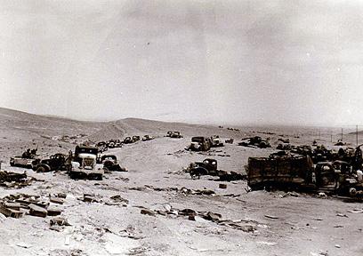 שקעו בחול של סיני (צילום: ניסים מיארה) (צילום: ניסים מיארה)