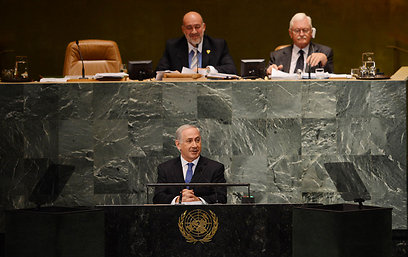 השגריר פרושאור שימש כנשיא העצרת וקיבל את ראש הממשלה (צילום: שחר עזרן) (צילום: שחר עזרן)