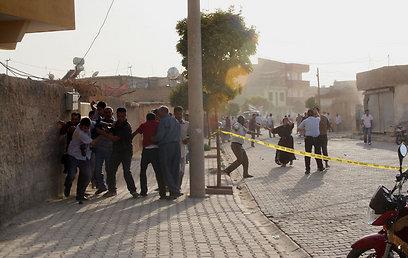 הפצצות פגעו בבית שבכפר בדרום-מזרח טורקיה (צילום: AFP) (צילום: AFP)