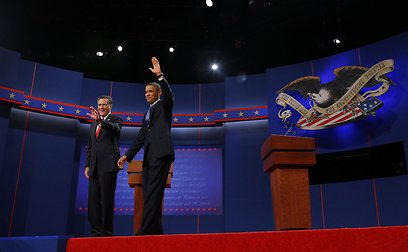 אובמה ורומני בעימות הראשון (צילום: רויטרס) (צילום: רויטרס)