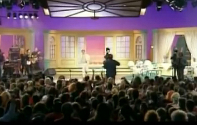 ממתינים שעות. קהל בתוכנית הראשון בבידור (צילום: אלעד רובינשטיין) (צילום: אלעד רובינשטיין)