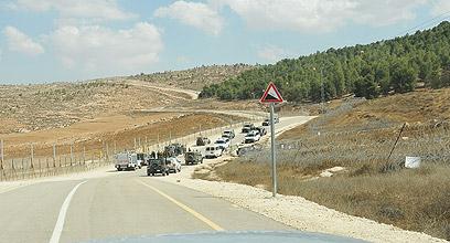"""חיילים סרקו את האזור שבו הופל המל""""ט  ()"""