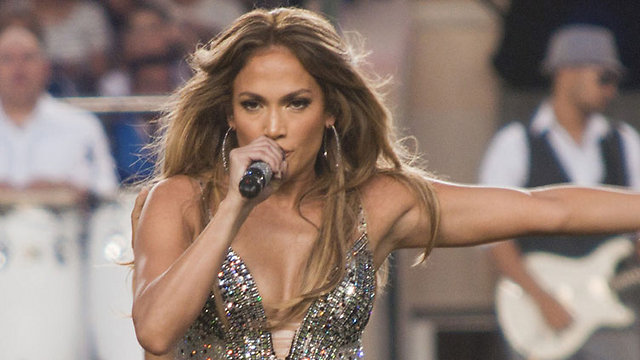 Jennifer Lopez: Tel Aviv-bound for the first time this summer (Photo: AP)