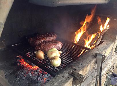הפריזה - על האש כמו בארגנטינה (צילום: רפי אהרונוביץ' )