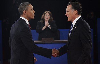 תיקו. אובמה ורומני בעימות השני (צילום: AP) (צילום: AP)