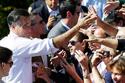 """רומני בביקורו בווירג'יניה. """"לאובמה אין תוכנית ל-4 שנים"""" (צילום: AP) (צילום: AP)"""