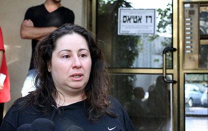 ריקי אטיאס, אמו של רז (צילום: עופר עמרם) (צילום: עופר עמרם)