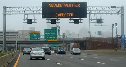 בורחים מניו יורק. בוסטון (צילום:  EPA) (צילום:  EPA)