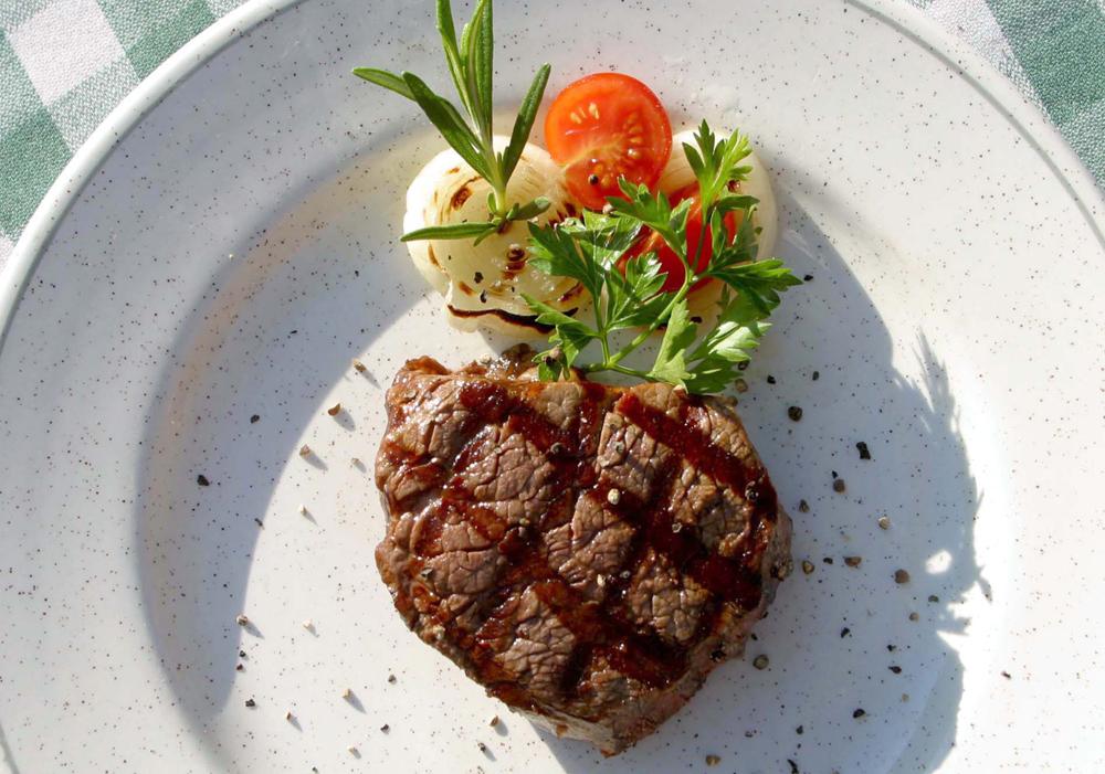 מנה במסעדת פדרו באילת (צילום: ג'ו קוט  ) (צילום: ג'ו קוט  )