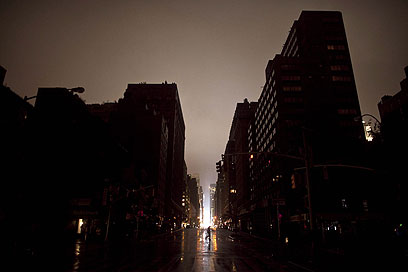 עיר בעלטה. ניו יורק הלילה (צילום: AP) (צילום: AP)