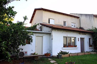 בית משפחת קופר בקיבוץ אייל, היום (צילום: דנה קופל) (צילום: דנה קופל)