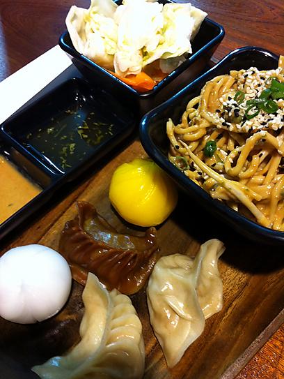 ארוחה עסקית של דים סאם (צילום: רפי אהרונוביץ') (צילום: רפי אהרונוביץ')