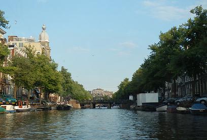 הכי טוב להכיר את עיר התעלות דרך הפלגה (צילום: ג'קסי ) (צילום: ג'קסי )