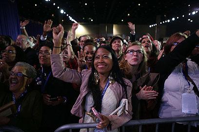 שיירת הנשיא בדרך למטה? (צילום: AFP) (צילום: AFP)