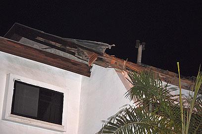 הבית הפגוע בשדרות (צילום: זאב טרכטמן) (צילום: זאב טרכטמן)