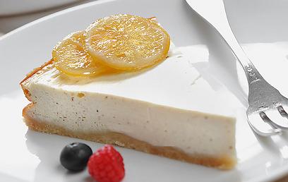 טבעונית! עוגת גבינה (צילום: דודו אזולאי) (צילום: דודו אזולאי)