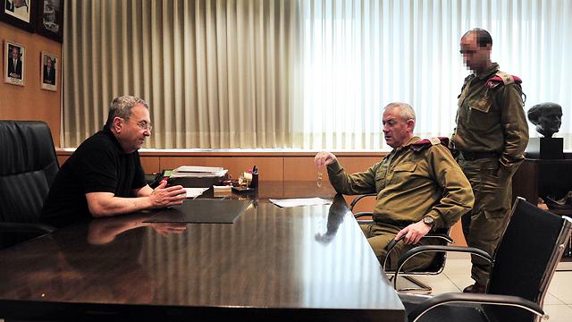 עפרוני היה פשרה בין בני גנץ לאהוד ברק (צילום: אריאל חרמוני, משרד הביטחון) (צילום: אריאל חרמוני, משרד הביטחון)