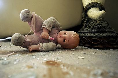 """בית שנפגע באשדוד. """"אפשר להבין את הפחד"""" (צילום: AFP) (צילום: AFP)"""