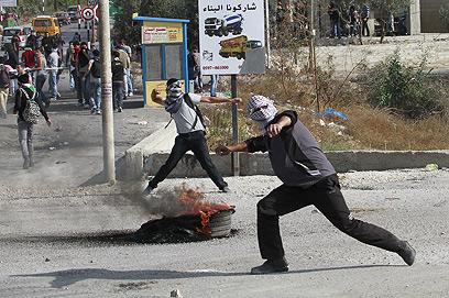 מהומות בבית לחם (צילום: EPA) (צילום: EPA)