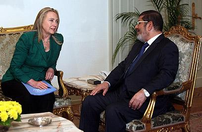 Key player. Morsi and Clinton in Cairo (Photo: EPA)