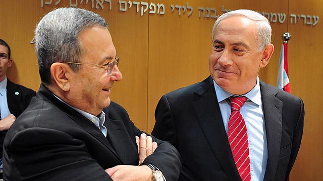ראש הממשלה נתניהו ושר הביטחון לשעבר ברק (צילום: אריאל חרמוני, משרד הביטחון) (צילום: אריאל חרמוני, משרד הביטחון)