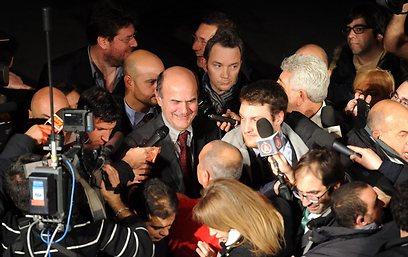 ברסאני לאחר הניצחון בפריימריז                     (צילום: EPA) (צילום: EPA)