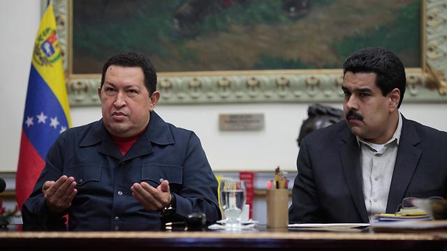 צ'אבס עם יורשו בתפקיד מדורו