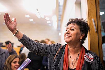 """מכריזה על ההסכם. אילנה כהן, יו""""ר האחיות (צילום: אוהד צויגנברג) (צילום: אוהד צויגנברג)"""