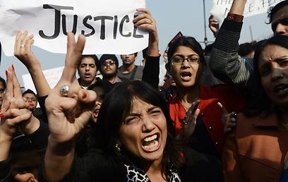 תובעות צדק מהרשויות (צילום: AFP) (צילום: AFP)