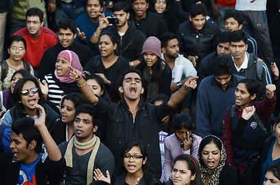 הממשלה במוקד הביקורת (צילום: AFP) (צילום: AFP)