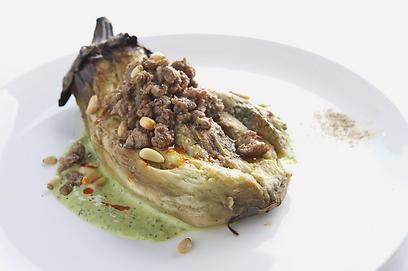 פינוק במסעדת אל מרסא (צילום: סטודיו דרור כץ) (צילום: סטודיו דרור כץ)
