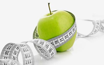 תמנעו מהגוף שלכם אוכל ובסוף רק תשמינו (צילום: shutterstock ) (צילום: shutterstock )