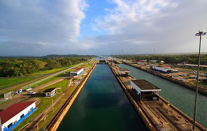 אחד מפלאי הארכיטקטורה של העולם המודרני. תעלת פנמה (צילום: shutterstock) (צילום: shutterstock)